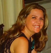 Cássia Lopes