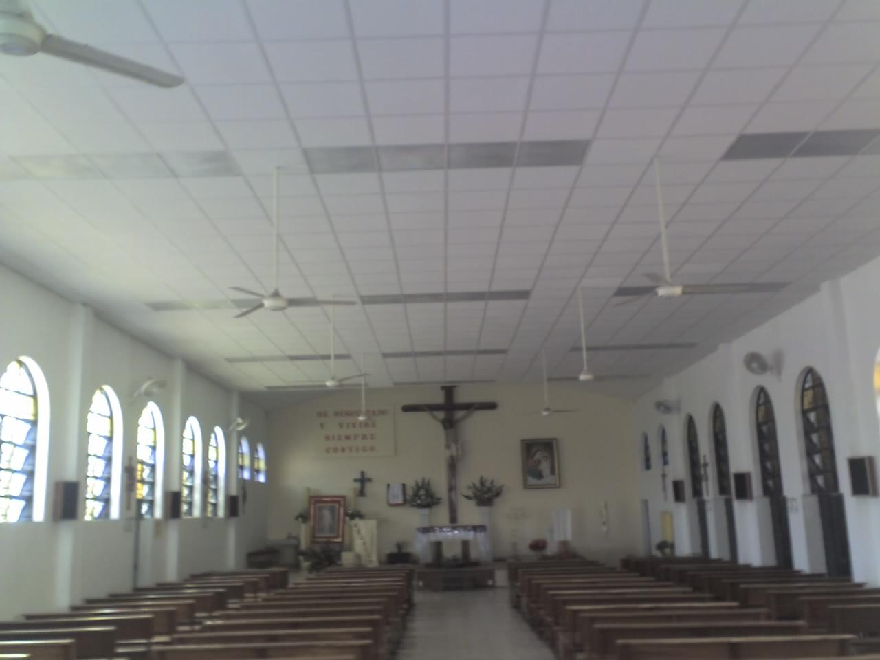 Parroquia nuestra se ora del refugio de pecadores plafon en capilla provisional - Plafones para salon ...