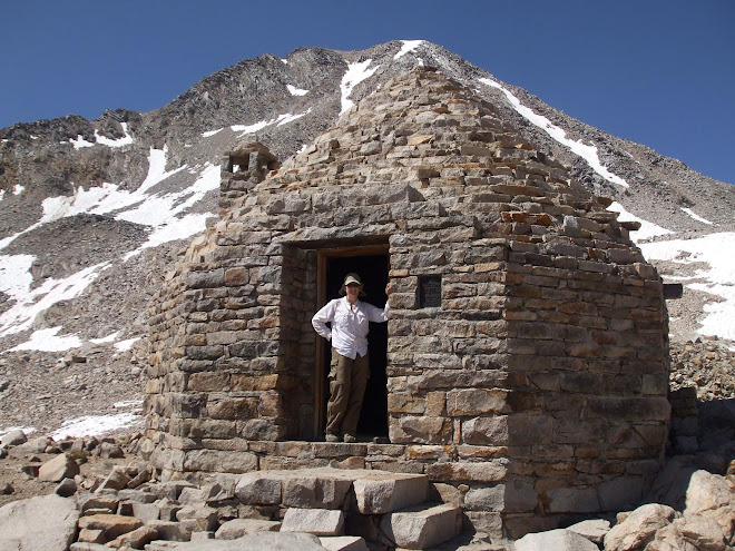 Muir Pass Hut