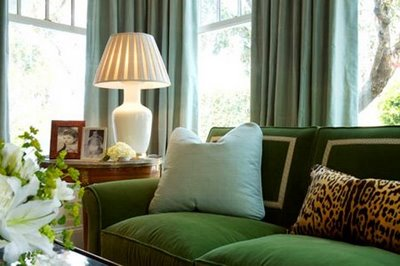 Site Blogspot  Living Room  Sectional on Table Lamp Look Best When The Lamp Base And The Shade Are In