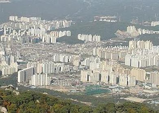 Photo of part of Ouijongbu, 2008 by Bruce Richards