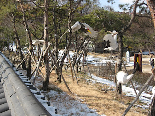 Hanok Village, red-crested crane models