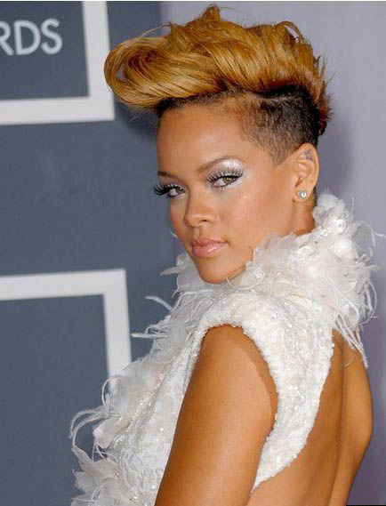 Rihanna Hairstyles Image Gallery, Long Hairstyle 2011, Hairstyle 2011, New Long Hairstyle 2011, Celebrity Long Hairstyles 2053