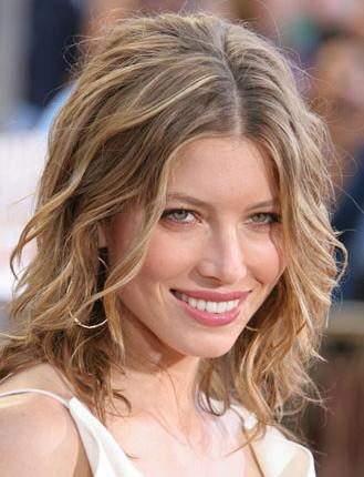 Medium Wavy Cut, Long Hairstyle 2011, Hairstyle 2011, New Long Hairstyle 2011, Celebrity Long Hairstyles 2109