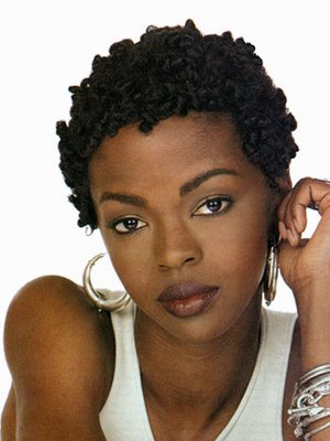 The natural Jill Scott Hairstyles vary from twists to an afro to braids.