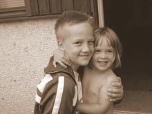 Lillebror Lucas & lillasyster Sandra