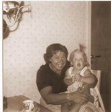 Min älskade farmor Asta & jag