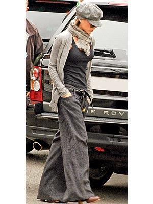 Victoria Beckham VICTORIA BECKHAM (Spice Girls) presents her new Jeans