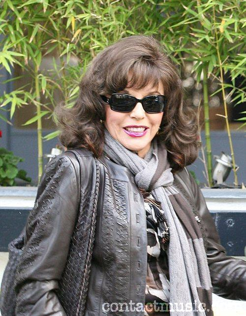 joan collins plastic surgery. Joan Collins believes all