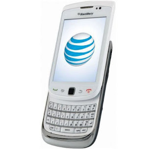 Blackberry Torch white comes to London via Vodafone UK