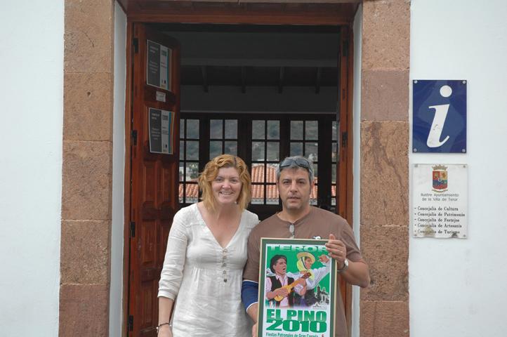 Teror la oficina de turismo de teror felicita al primer for Oficina de turismo de zamora