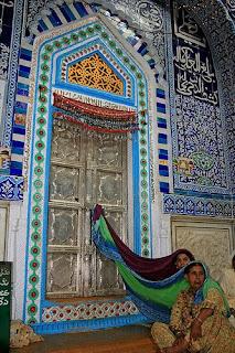 essay on shah abdul latif bhitai in sindhi Buradasınız: anasayfa / genel / shah abdul latif bhitai essay in sindhi - inside creative writing fsu shah abdul latif bhitai essay in sindhi.