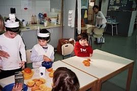 נושא פרי הדר:ילדי הגן בחטיבה הצעירה תל-נורדאו