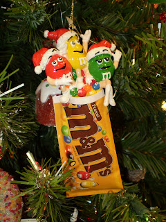 The Chocolate Traveler- M&M Collector: NEW- M&M and Hershey Holiday ...