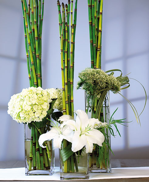 Wedding reception centerpieces will be one of the key decorations for the