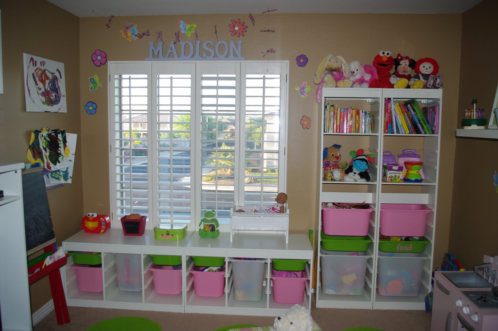 labels craft room playroom