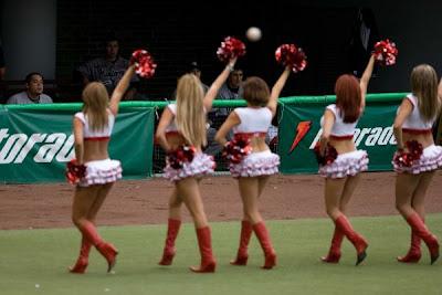 Tema: Fotos porristas beisbol y bailarinas