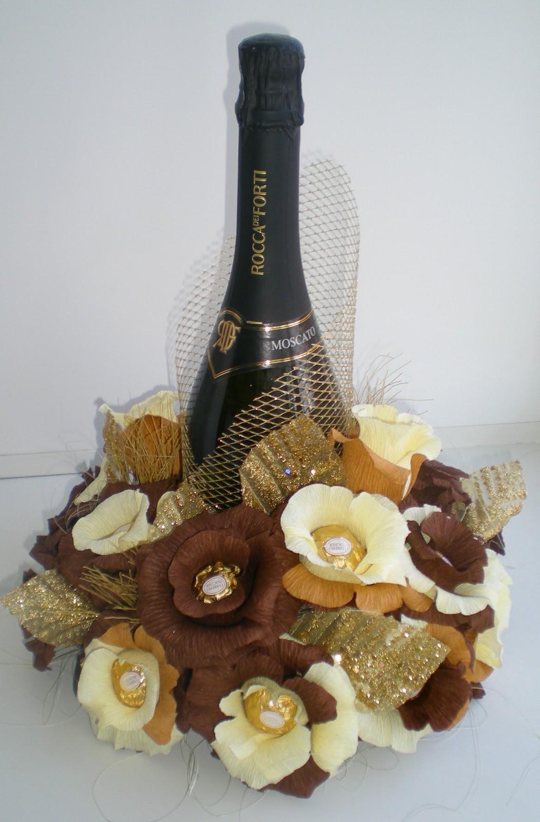 Подарок из конфет с шампанским своими руками 813