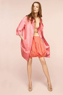 сиво - Облекло, мода, елегантност - Page 2 NINA+RICCI+-+resort+2011+-+6