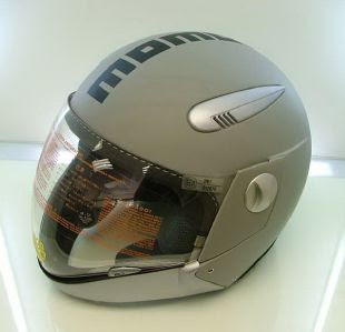 Super Bikes  MOMO DESIGN DEVIL RACER GRAY MOTORCYCLE HELMET