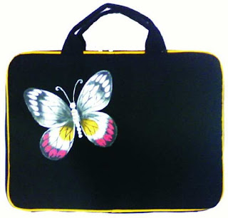 Yellow Butterfly 1 - Tas Laptop Gaul