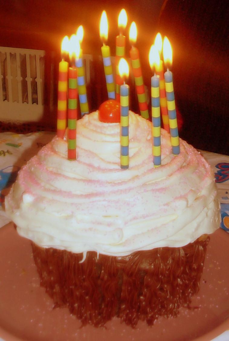 ArtsyBE Happy Birthday To My Little Laura