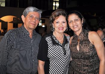 O casal Gerardo e Neide Azevedo com a Autora