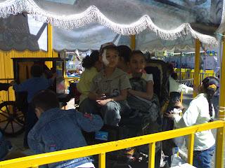 رحلة الدار الى ملاهي كوكي بارك ( 13 مايو 2010 ) 201004241150