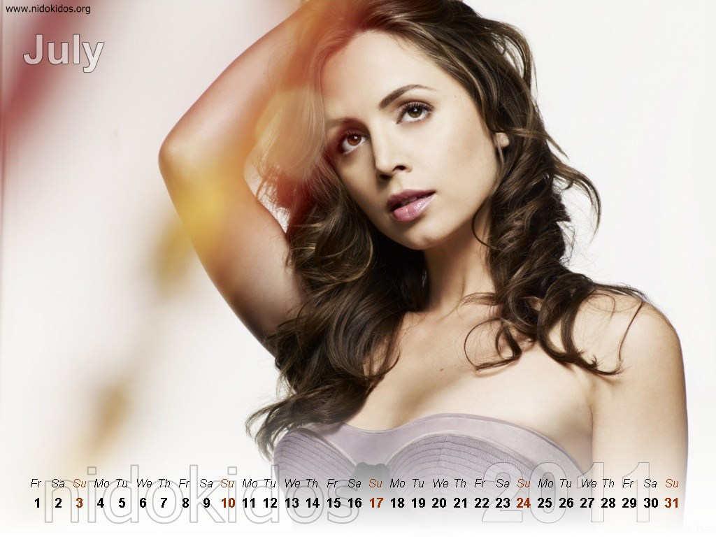 http://3.bp.blogspot.com/_urZCQQZj50Y/TR1p0iV4StI/AAAAAAAAAa8/PDgZmlhDc-w/s1600/Eliza+Dushk+Calendar+2011+%25287%2529.jpg