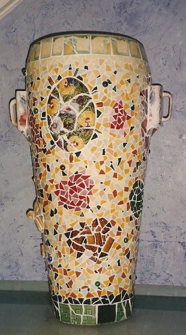 vaso-urna(louças,azulejos)