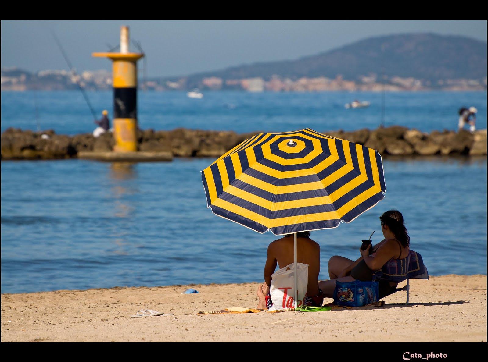 El blog de cata loshuertos tema de hoy sombrillas playeras for Como hacer una sombrilla para jardin