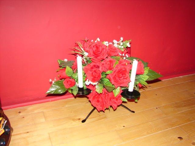 Suport flori+4 lumanari ,mese invitatii