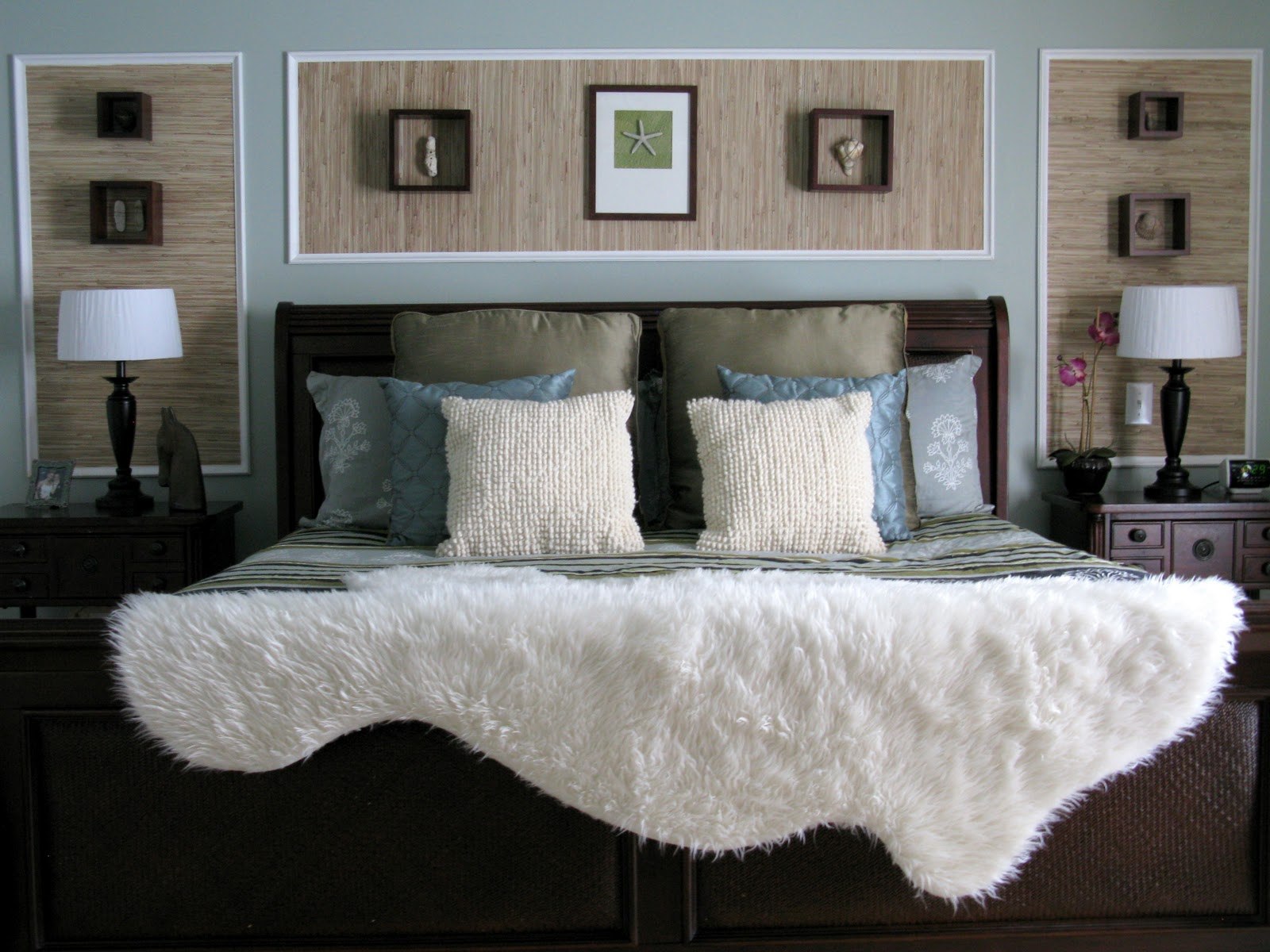 Wall Decor For Master Bedrooms : Loveyourroom voted one of the top bedrooms by houzz