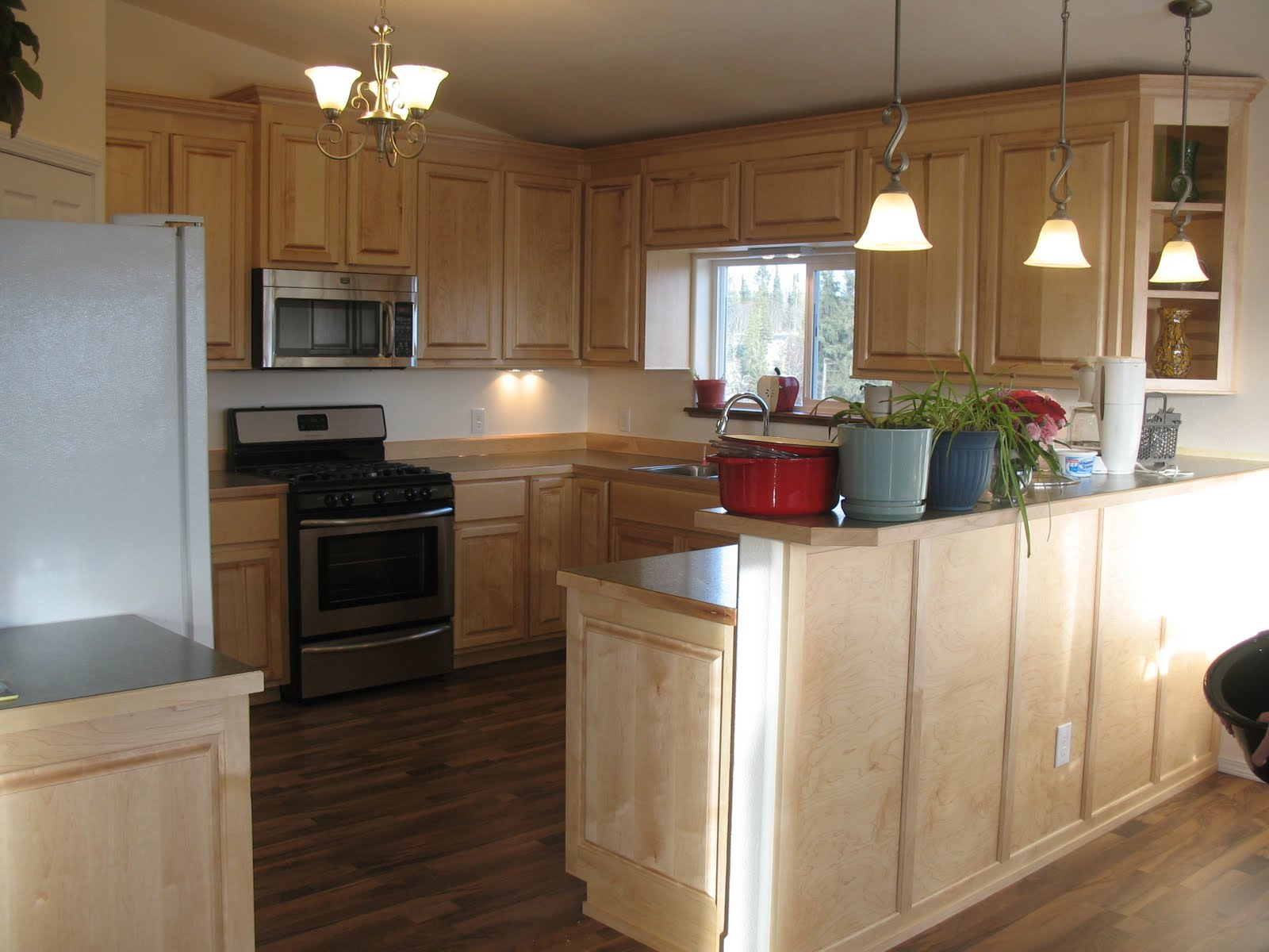 Depressioneradesigns: Maple Kitchen Cabinets. Full resolution‎  pic, nominally Width 1600 Height 1200 pixels, pic with #68472B.