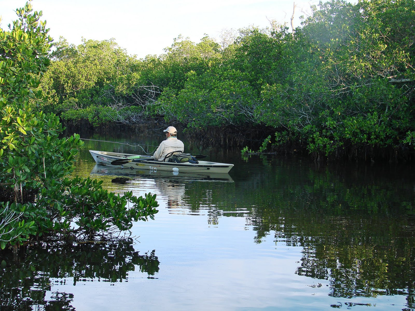 Southern kayak kronicles another day another fly rod slam for Tides 4 fishing sarasota