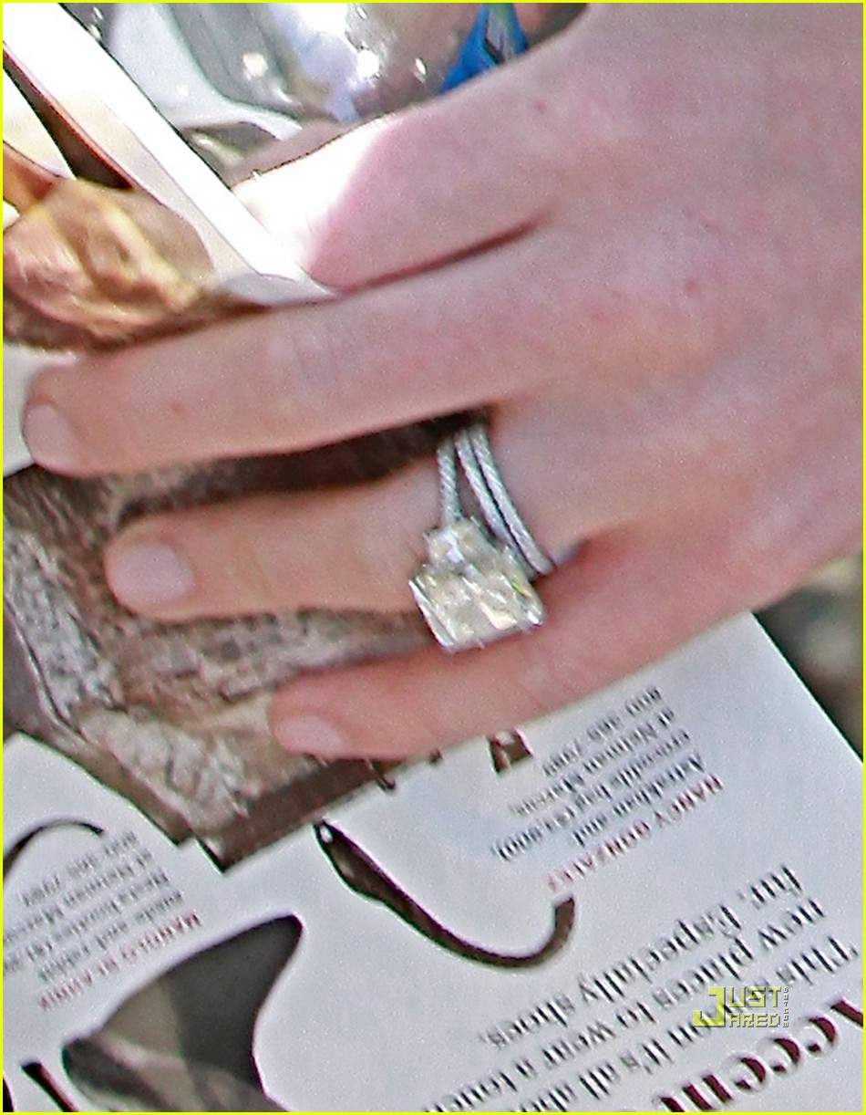 hilary back from honeymoon in cabo - Hilary Duff Wedding Ring