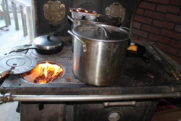 Cleaning Your Wood Cook Stove - Reflections Of Katlupe: Cleaning Your Wood Cook Stove
