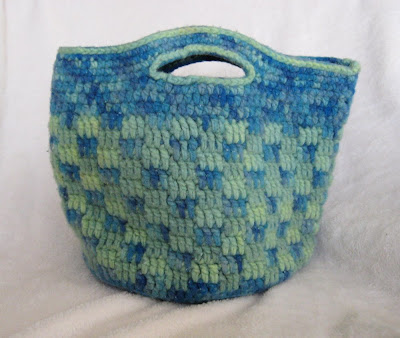 Crochet Bucket Bag Pattern : FELTED PURSE CROCHET PATTERNS - Crochet and Knitting Patterns