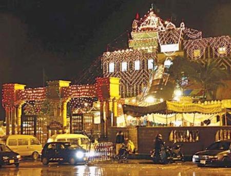 Karachi :: vs :: Lahore ::: Abdullah Shah Ghazi\'s Mazar, Karachiabdullah shah ghazi mazar
