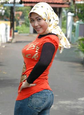 foto cewek cewek foto gadis gadis mahasiswi jilbab ketat montok abg ...