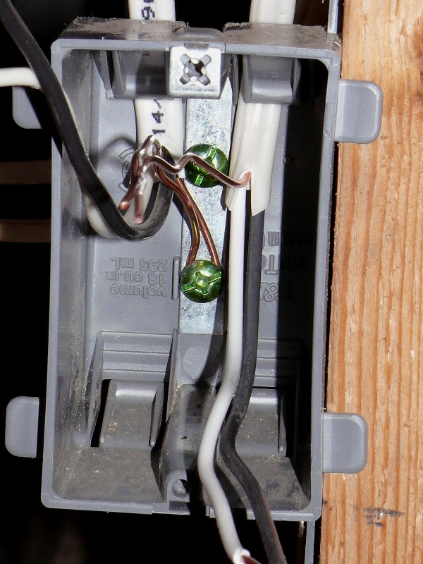 Building A House - A Simple Plan: Electrical Outlet Installation Details