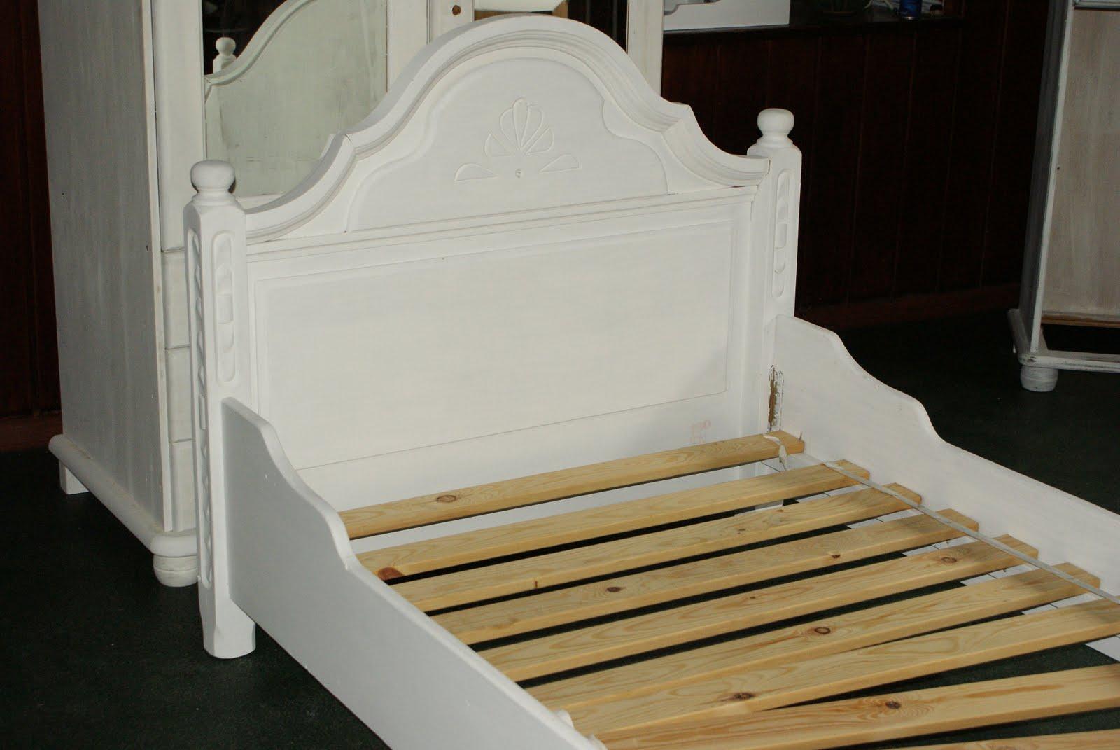 Białe Inspiracje łóżko Jednoosobowe