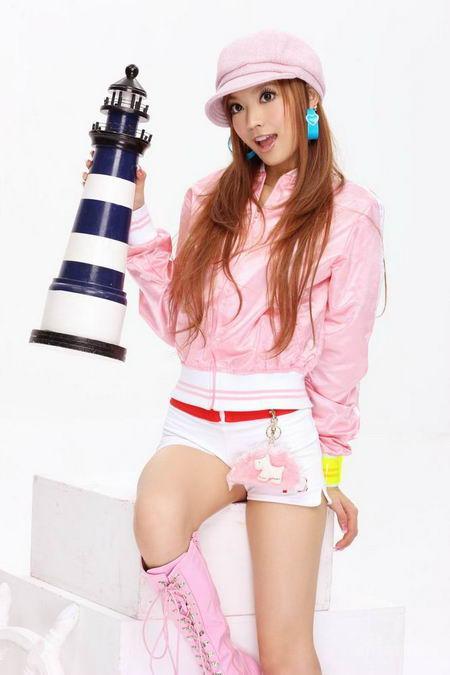 http://3.bp.blogspot.com/_uxK9p1iezm4/TF1EC-UI3FI/AAAAAAAAGT8/DsFaB2BpMxg/s1600/Ye-Xiqi-chinese-singer-7.jpg