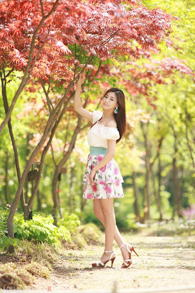 kim ha yul flower dress 15 Kim Ha Yul photo sexywomanpics.com