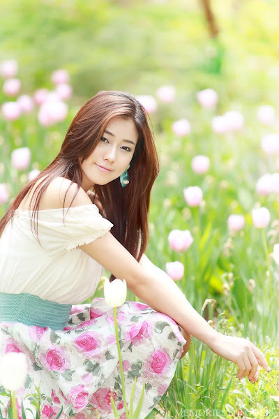 kim ha yul flower dress 14 Kim Ha Yul photo sexywomanpics.com