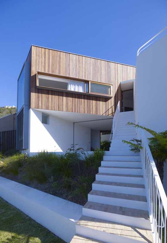 Whale beach house by neeson murcutt architects sidney for Minimalist beach house