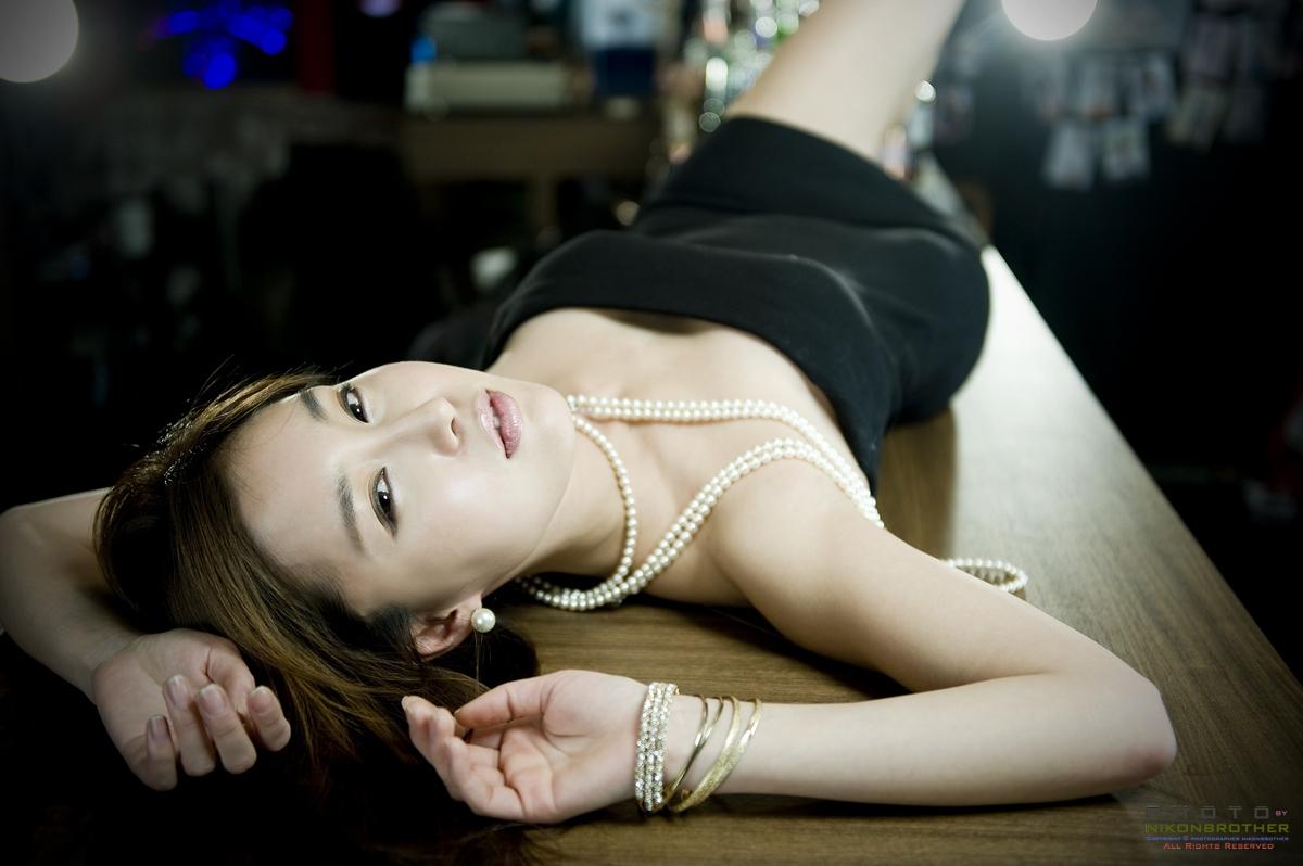 Asian Hot Celebrity: Han Ga Eun - Pink Sweater