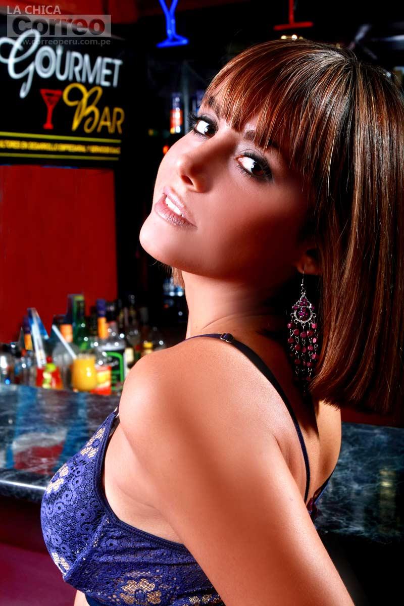 Valeria Bringas (Luciana de al fondo hay sitio) Galeria de fotos Valeria-bringas-luciana-al-fondo-hay-sitio-0%2B(4)