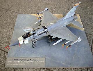 Чертежи бумажной модели F-16 «Файтинг Фалкон»
