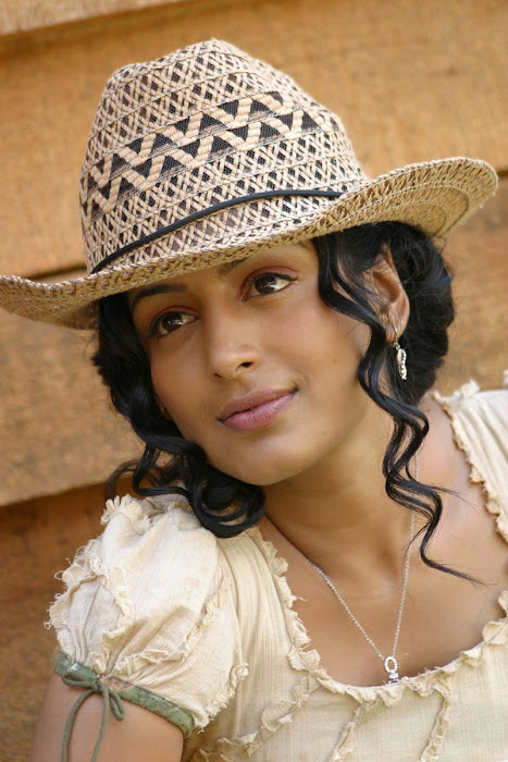padmapriya hot photoshoot